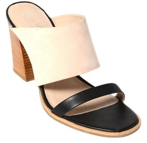 Seychelles Leather Slip-on Chunky Comfortable Nude/black Sandals