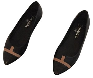 Chanel Black / Beige Flats