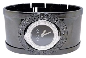 Gucci Ladies Bangle Bezel Ya112414 Blackwhite Diamond Watch 1.15 Ct