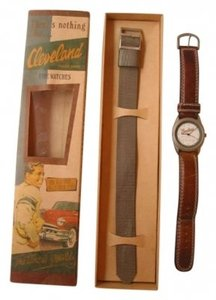Vintage style Cleveland watch with box & extra band