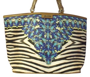 Stella & Dot Tote in Animal Print