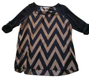 Charming Charlie Chevron Raglan Tab Sleeve Quarter Sleeve Professional Top Brown/Black