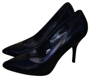 Mossimo Supply Co. Black patten Pumps