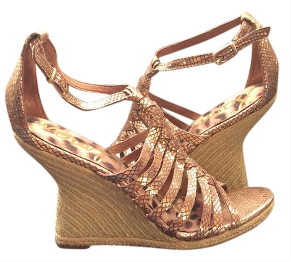 Find gold, Wedge from the Womens department at Debenhams. Shop a wide range of Shoes & boots products and more at our online shop today.