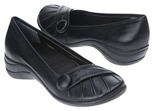 Hush Puppies Black Button Comfortable Padded Black Leather Flats
