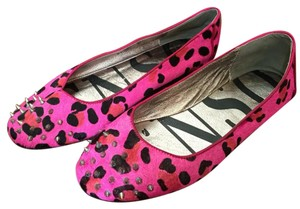 SENSO Pink with silver studs Flats