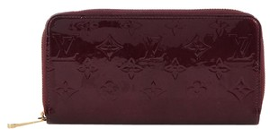 Louis Vuitton Amarante Vernis Zippy Wallet