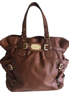 Michael Kors Leather Tote in Brown