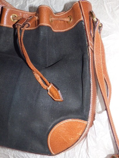 Gucci Large And Roomy High-end Bohemian Equestrian Influence Amazing Rare Strap Excellent Vintage Satchel in black linen/camel leather Image 8
