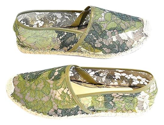 Preload https://img-static.tradesy.com/item/18833308/valentino-green-camouflage-lace-espadrilles-flats-size-us-9-regular-m-b-0-1-540-540.jpg