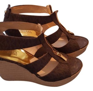 Michael Kors Brown Signature Wedges