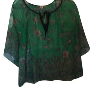Konrad + Joseph Top Green / Pink