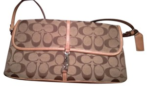 Coach M25 6348 Wristlet in Khaki/Tearose