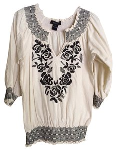 Karen Kane Top Cream and black