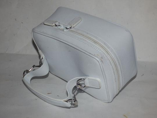 Gucci Mint Vintage Petite But Roomy Dual Zip Closure Chrome Hardware Equestrian Accents Satchel in white leather Image 9