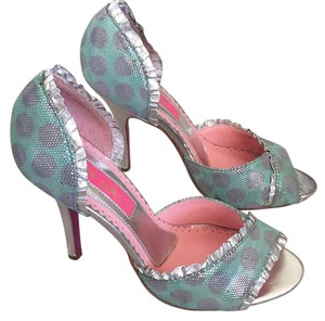 Betsey Johnson Green and gray Pumps