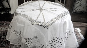 White With Silver Pailletts Table Cloth