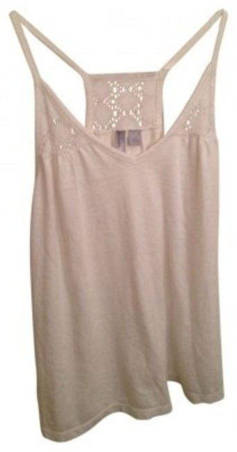 Preload https://item1.tradesy.com/images/old-navy-white-racer-back-tank-topcami-size-6-s-18850-0-0.jpg?width=400&height=650