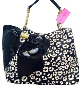 Betsey Johnson Satchel in Leopard print