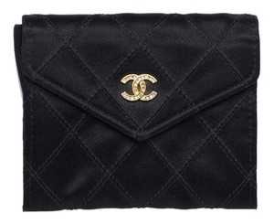 Chanel Chanel Black Quilted Petite Flap Coin Case Purse. Darling!