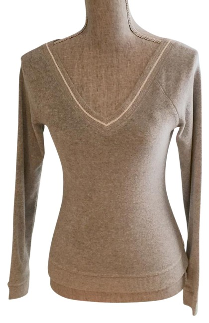 Preload https://img-static.tradesy.com/item/18854941/express-grey-front-and-back-v-neck-small-sweaterpullover-size-6-s-0-2-650-650.jpg