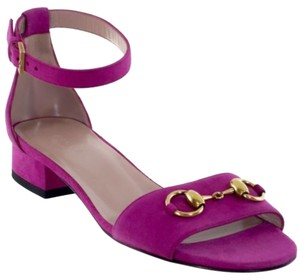 Gucci 338776 Womens Suede Horsebit Ankle Strap Fuchsia 6us Bright Bouganville Sandals