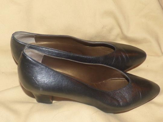 Saint Laurent Dressy Or Casual Made By Ysl Excellent Condition Almond Shape Toes Kitten Heels Silver/Pewter Pumps Image 3