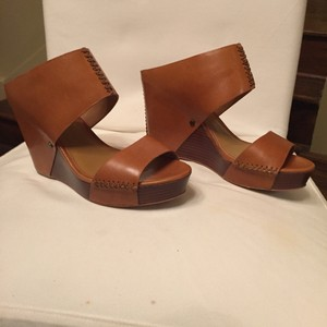 Trask Tan Wedges