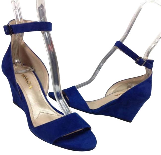 Item - Blue Suede Ankle-strap Wedge 35) Sandals Size EU 35 (Approx. US 5) Regular (M, B)