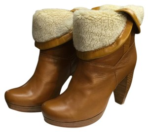 Charlotte Ronson camel Boots