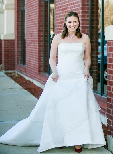 Maggie Sottero White Organza & Satin Pia Gown Traditional Wedding Dress Size 12 (L) Image 7