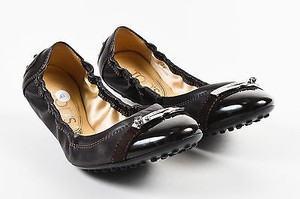 Tod's Tods Leather Patent Cap Brown Flats