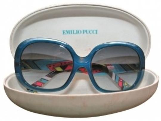 Preload https://item3.tradesy.com/images/emilio-pucci-blue-classic-print-sunglasses-18877-0-0.jpg?width=440&height=440