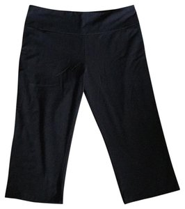 The Girls Nwt The Girls Yoga Exercise Everyday Cropped Pants