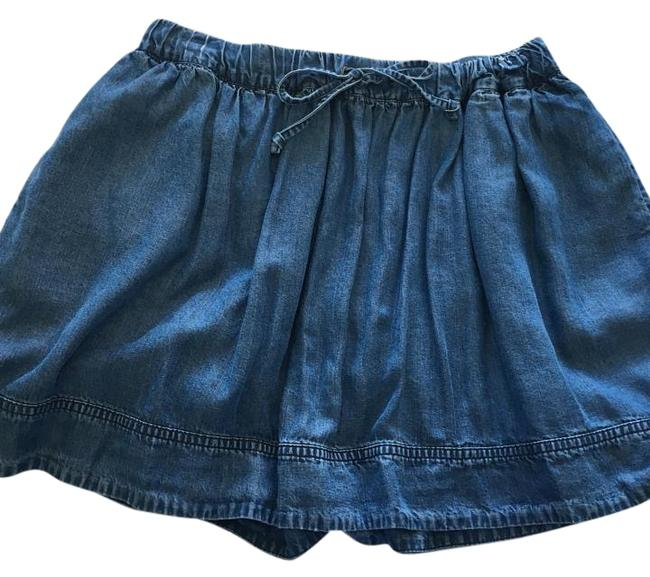 J.Crew Chambray Denim Skirt Size 4 (S, 27) J.Crew Chambray Denim Skirt Size 4 (S, 27) Image 1