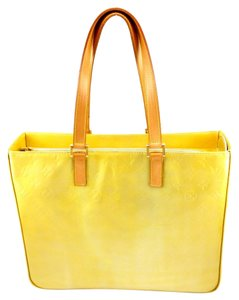 Louis Vuitton Vernis Leather Tote in Yellow