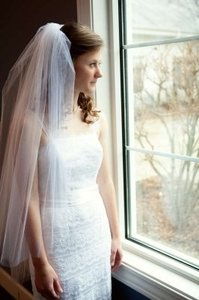 Pure White Medium Unknown Bridal Veil