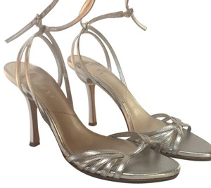 Dior Metalic silver Pumps