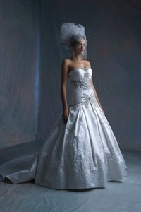 St. Pucchi 9267 (2) Wedding Dress