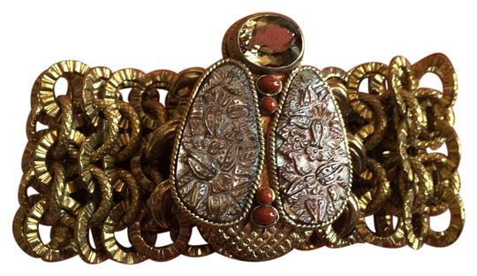 Preload https://img-static.tradesy.com/item/18889963/stephen-dweck-bronze-brown-tones-w-ladybug-clasp-bracelet-0-3-540-540.jpg