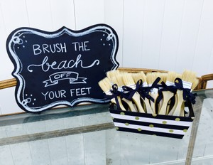 Wipe The Beach Off Your Feet Sign & Gold Paint Brushes For Beach Wedding