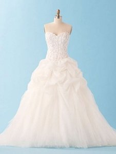 Alfred Angelo 227 Wedding Dress