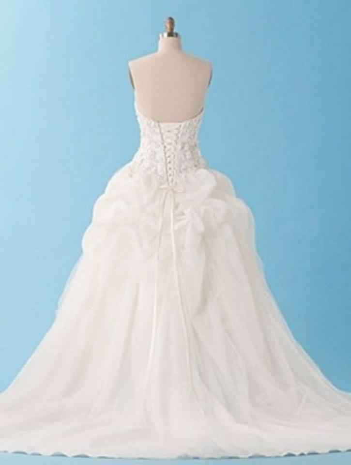 Luxury Silver Wedding Gown Crest - Womens Dresses & Gowns ...