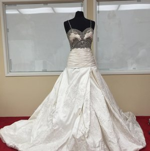St. Pucchi 9384 <9> Wedding Dress