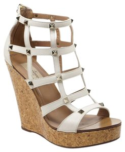 Valentino Rockstud 38 Leather Caged Cork White Wedges