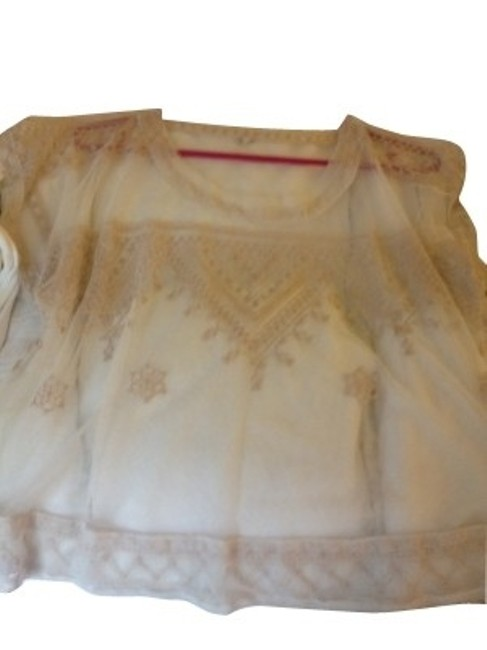 Preload https://item5.tradesy.com/images/free-people-cream-blouse-size-6-s-189-0-0.jpg?width=400&height=650