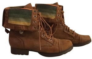 Mossimo Supply Co. Camel Boots