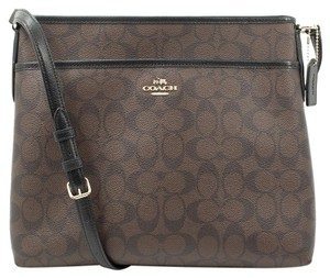 Coach F34938 Cross Body Bag