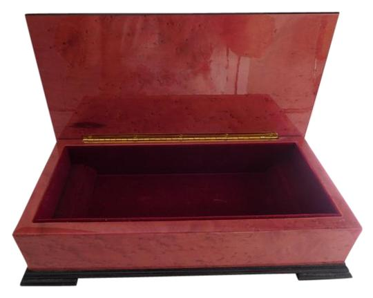 CAPRI ARTIST MAGNIFICENT LACQUERED BOX W/ GOLD INLAY DESIGN, RED VELVET LINING Image 3