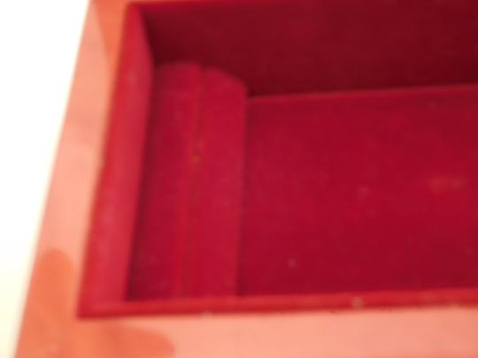 CAPRI ARTIST MAGNIFICENT LACQUERED BOX W/ GOLD INLAY DESIGN, RED VELVET LINING Image 7